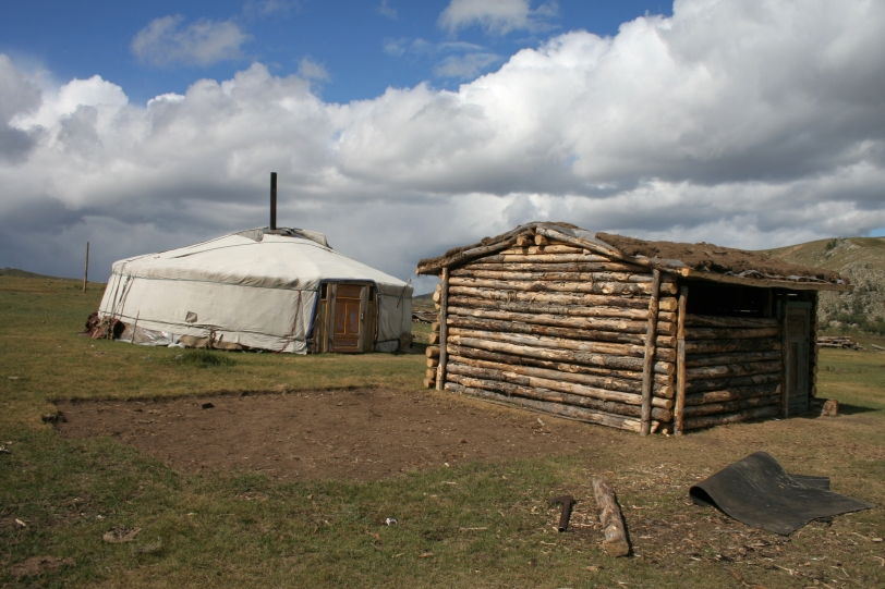 http://www.dreamstime.com/free-stock-image-nomad-home-in-mongolia-rimagefree1345784-resi3080501