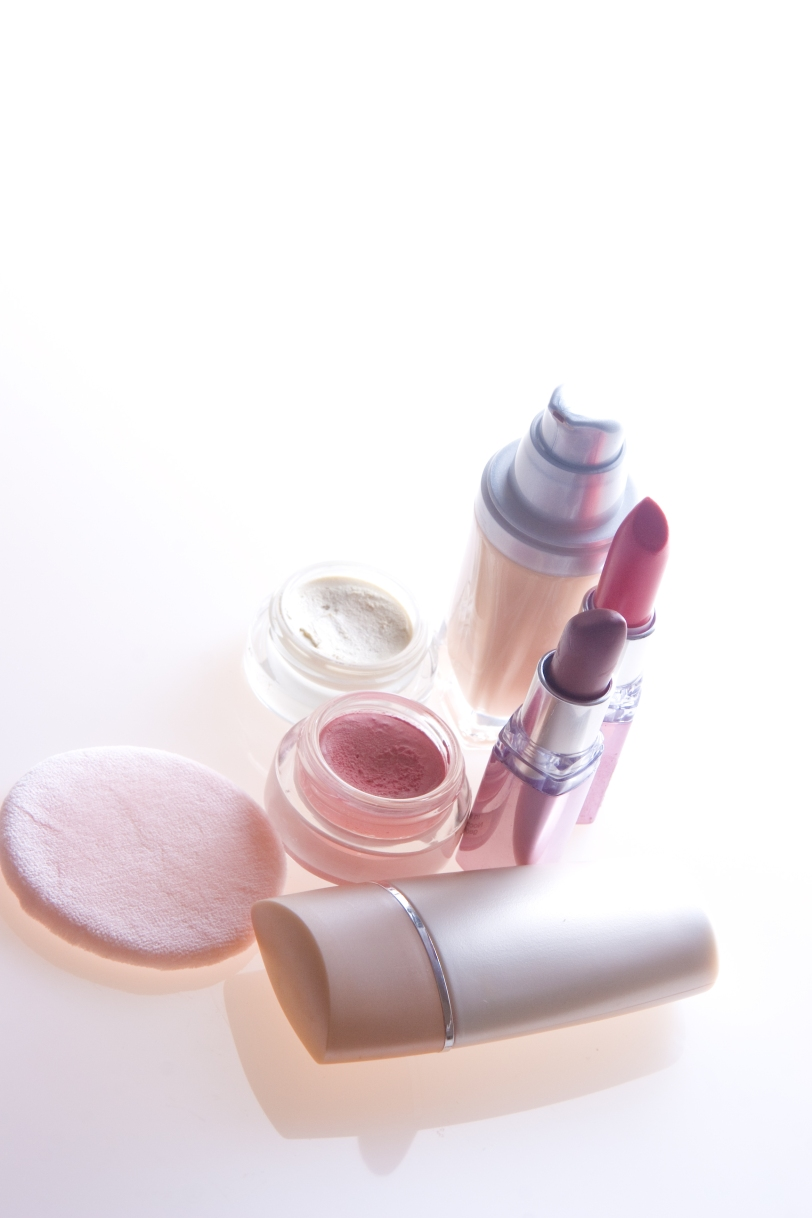 http://www.dreamstime.com/makeup-products-free-stock-image-imagefree4838620